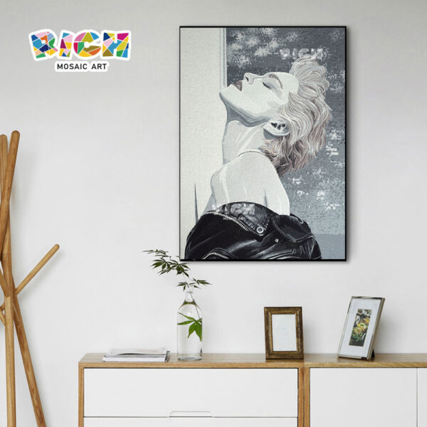 RM-FI24 Madonna Poster Glass Mosaic Art Customization