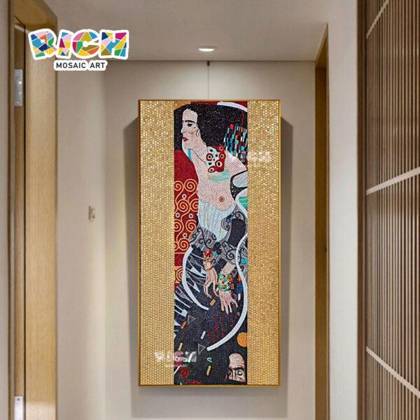 RM-RG13 mulher de quimono japonês fundo arte mosaico parede