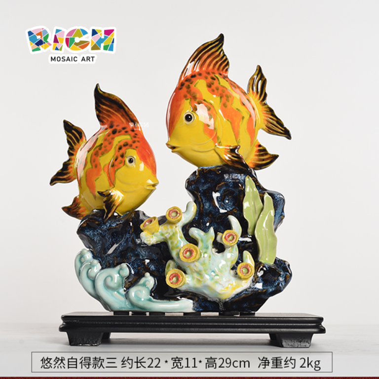 RM-CSF06 Intéressant Goldfish Ceramic Decoration Chinese Traditional Handmade Art