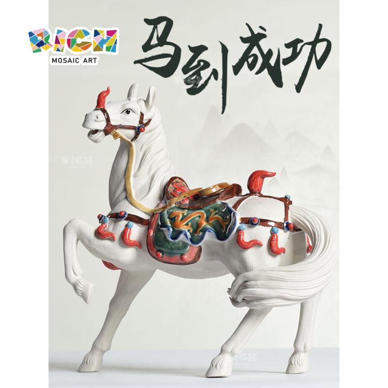 RM-CSF09 Высокая стоимость китайского керамического искусства Работа Тан династии Красочные Лошади Главная Украшение